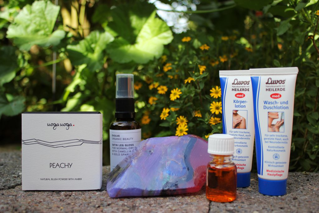 love-beauty-box-review-naturkosmetik-vegan-tierversuchsfrei-1